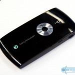 Sony-Ericsson-Vivaz-01