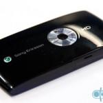 Sony-Ericsson-Vivaz-03
