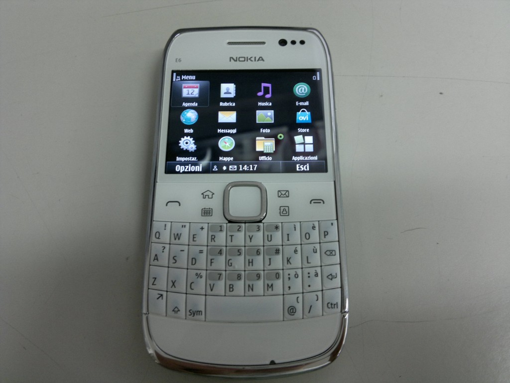 Nokia E6 leaks photo