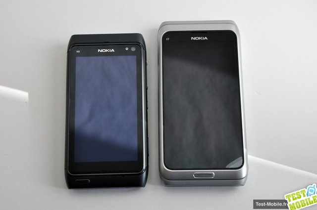 Nokia N8 vs Nokia E7 comparison